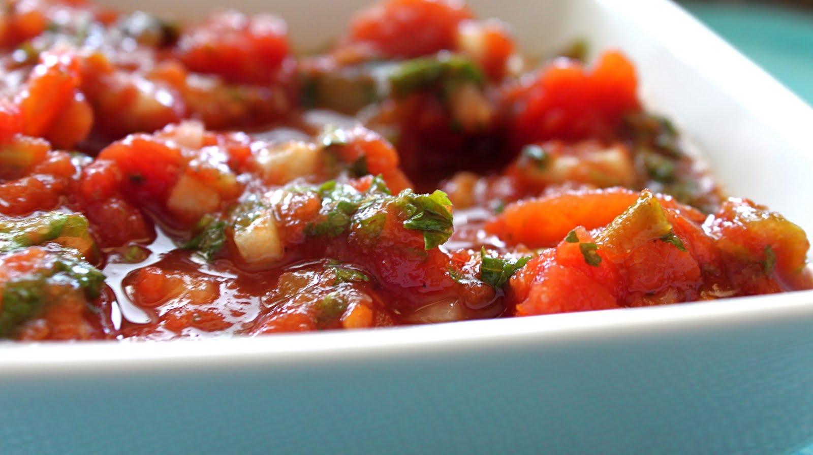 Bountiful Kitchen: Sheri's Super Simple Salsa