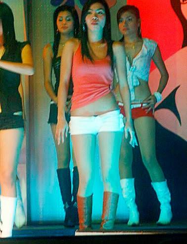 nightlife girls at work (2)