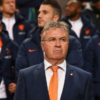 Guus Hiddink Dipecat Dari Kursi Pelatih Timnas Belanda