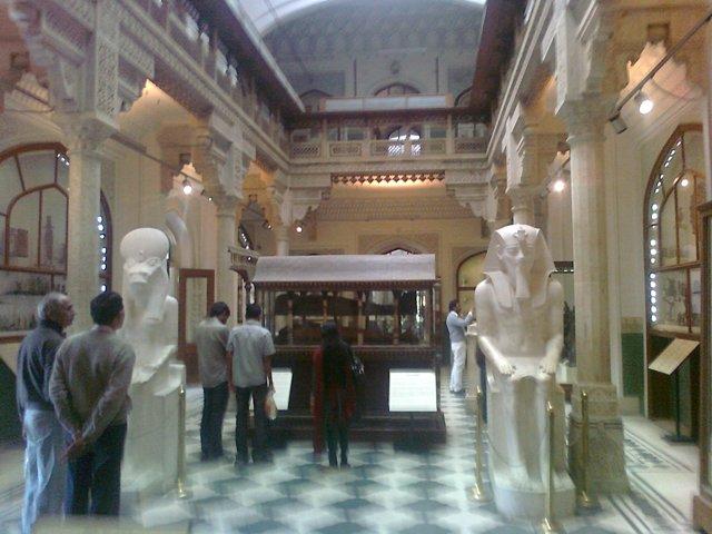 albert museum inside view