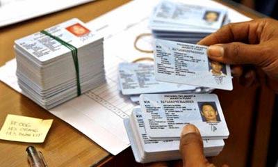 Warga Makassar Keluhkan E-KTP