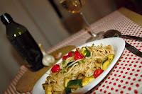 spagety-aglio-e-olio-s-cuketou-zampiony