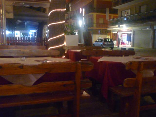 Bologna e non solo ristorante pizzeria il portico for Ristorante il rosso bologna