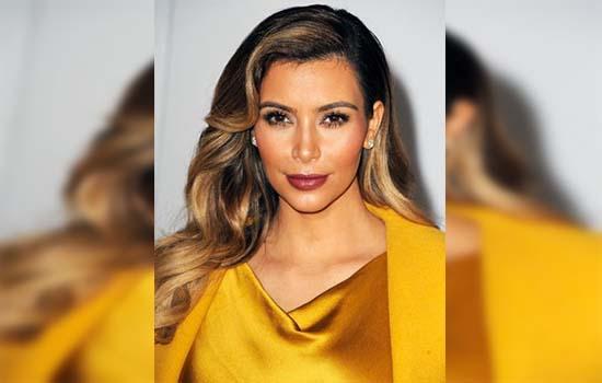 Kim Kardashian makan uri sendiri