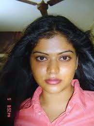Neha Bhabhi Attractive Pics
