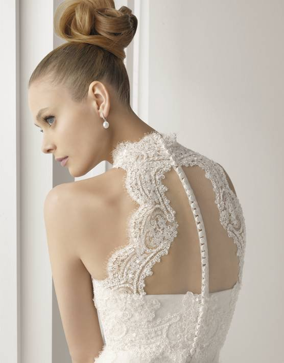 Весільні сукні з відкритою спиною