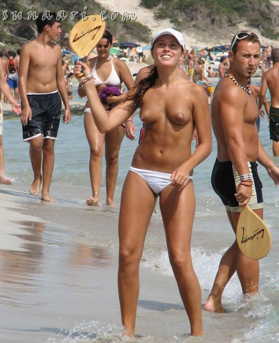 Click Here To View Hot Naked Celebs
