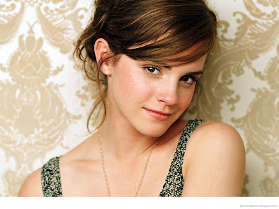 Emma Watson Body Wallpapers
