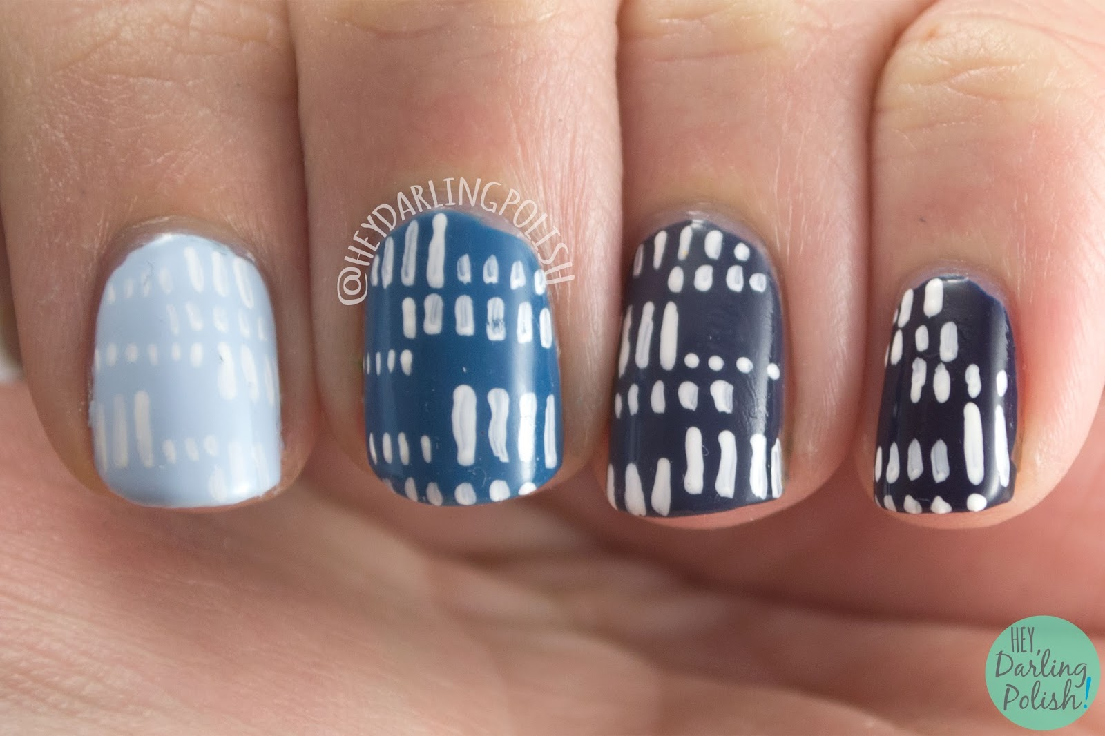 nails, nail art, hey darling polish, ombre, blue, nail linkup, pattern, lines, dashes,