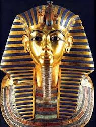 Máscara Funerária de Tutankamon