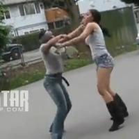 Gostosas fora de controle brigam por causa de homem