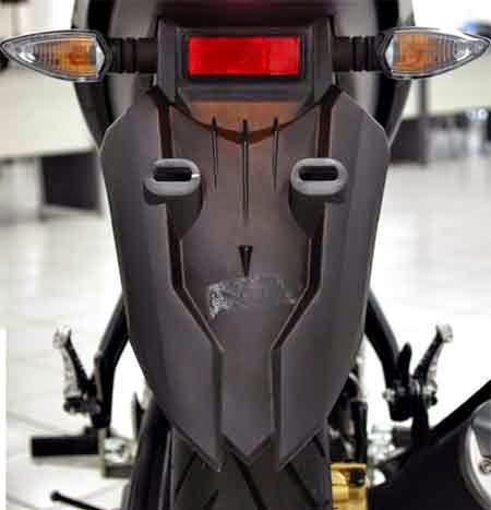 spakbor belakang Yamaha New Vixion Advance