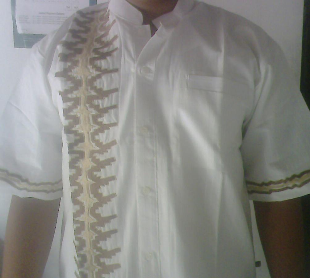 Contoh Foto Gambar Baju Kokoh Lengan Pendek Warna Putih