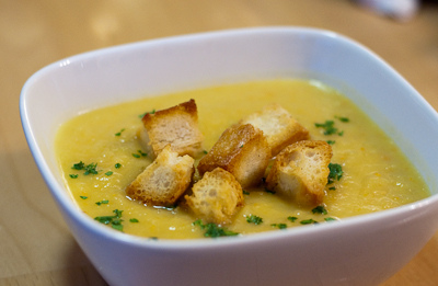 Суп-пюре из картофеля с гренками рецепт с фото в мультиварке