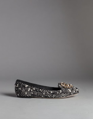 slipper style flats with brooch