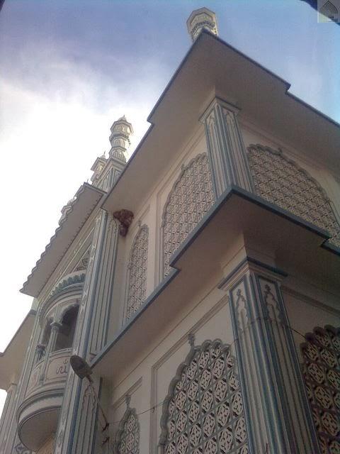 Nim Tali Masjid - Varanasi - UP 3