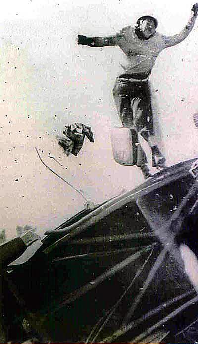 30 de agosto, 1959 / AARON VALANCI VOLCABA EN LA VUELTA DE 9 DE JULIO DE TC. GANABA JUAN GALVEZ