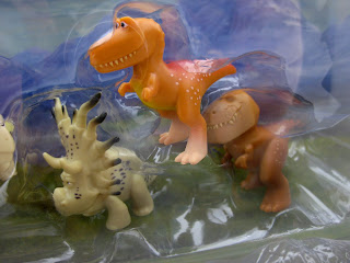 toys r us tomy the good dinosaur