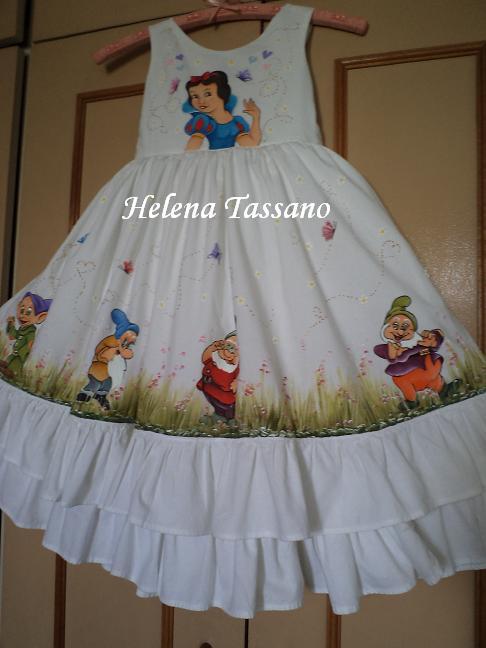 Armario De Parede Pequeno ~ Helena Tassano Artesanato, Pintura em Tecido, Aulas de Pintura, Pintura sobre Tela Vestido de