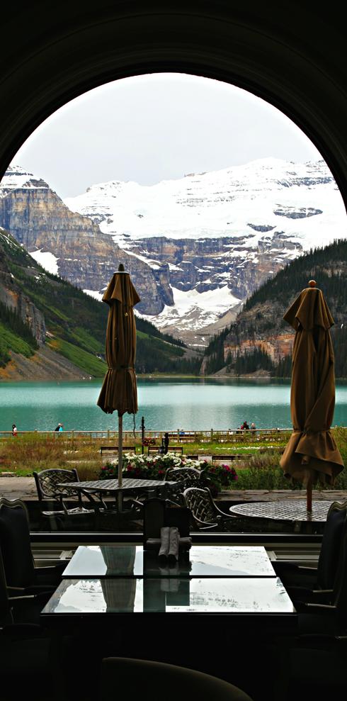 chateau lake louise hotel banff national park alberta canada