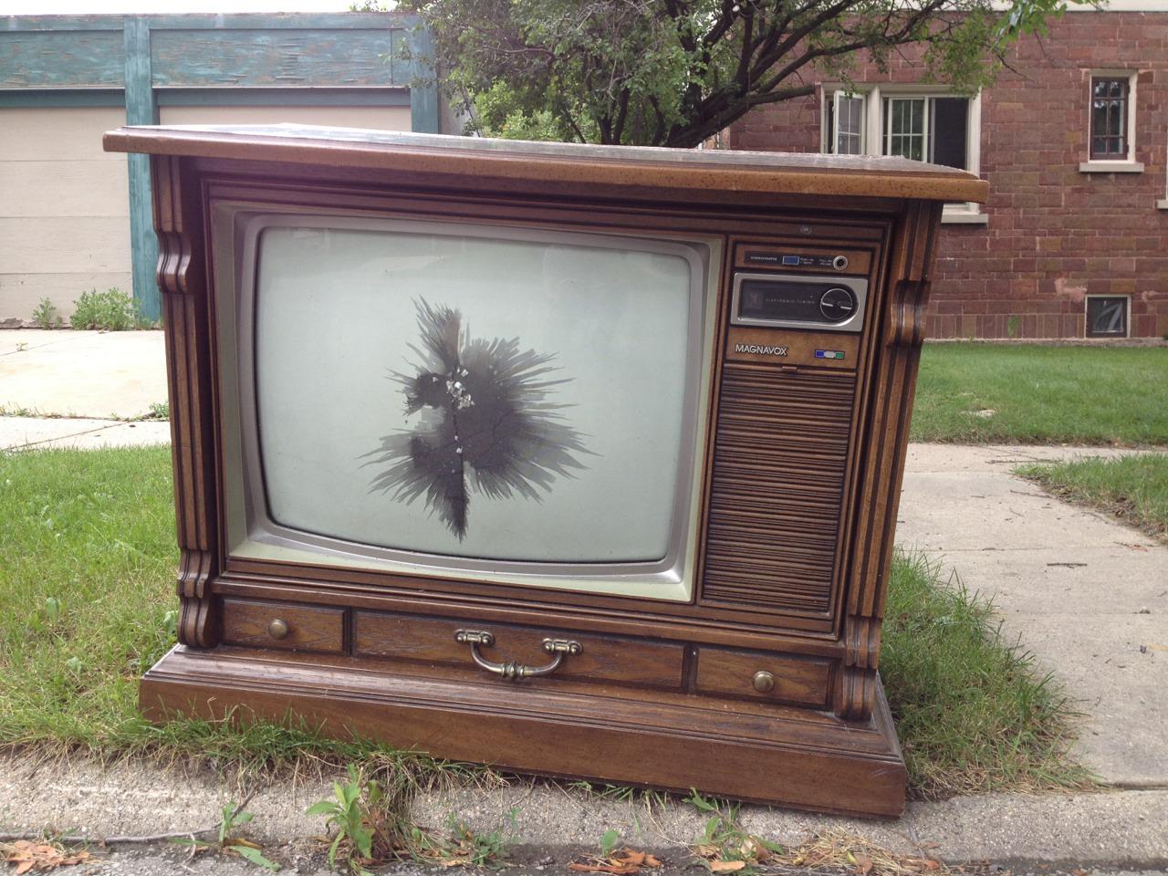 Spigel Lynn  Women S Work From Making Room For Tv