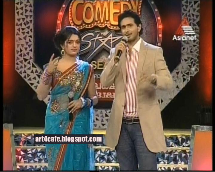 Meera Anil latest hot photos in saree