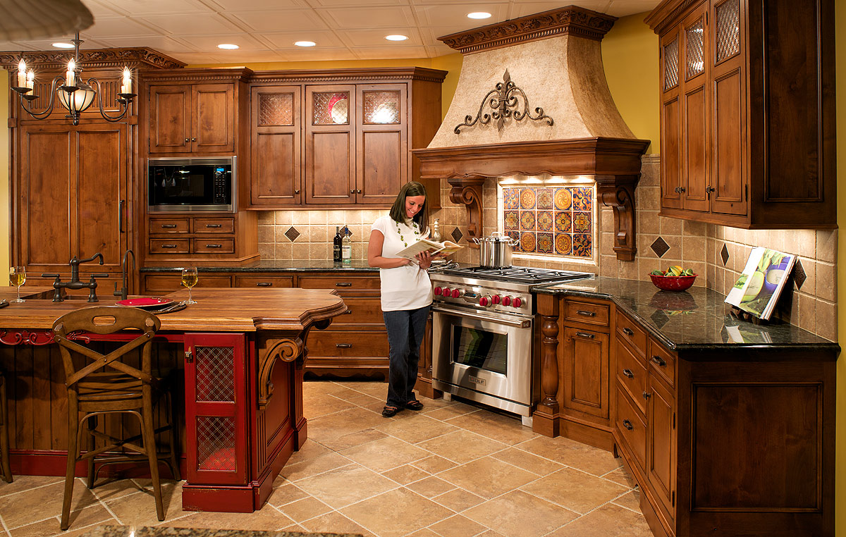 Tuscan kitchen ideas room design ideas for Custom kitchen remodel