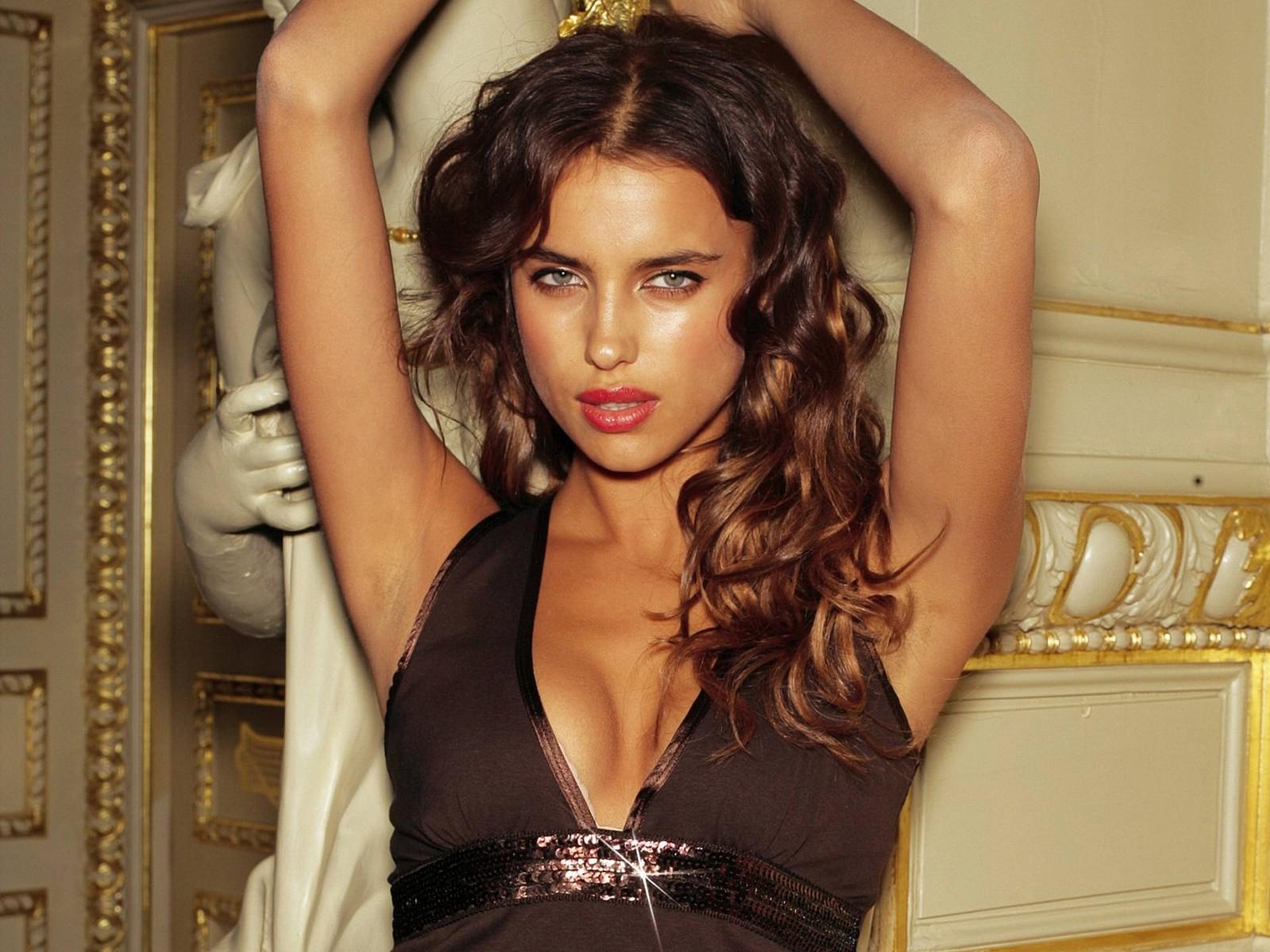 http://1.bp.blogspot.com/-vXx9FGYbiJo/T7nqUc29hqI/AAAAAAAABtA/HqFlWosmRe8/s1600/Russian+Girls+Wallpapers-26.jpg