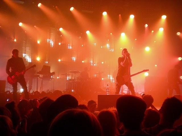 Músicos no palco
