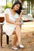 Yamini bhaskar glam pix-thumbnail-1