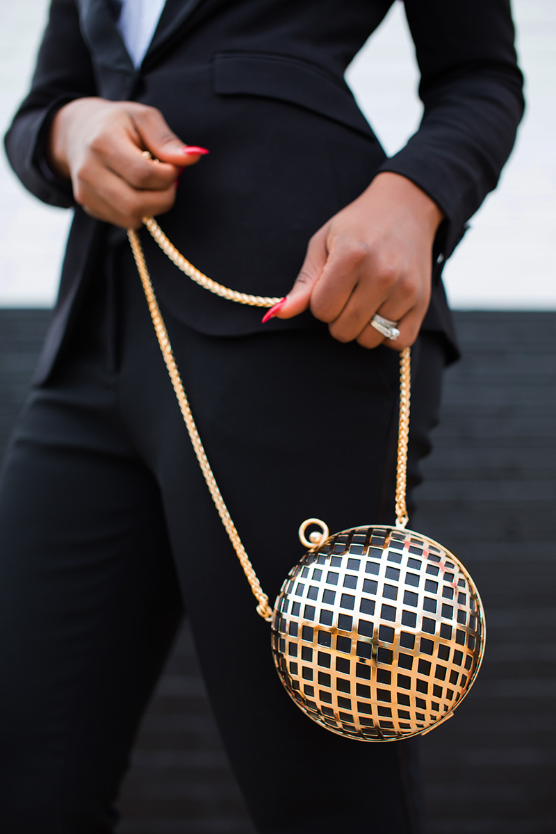Clutch, Black suit, holiday party, www.jadore-fashion.com