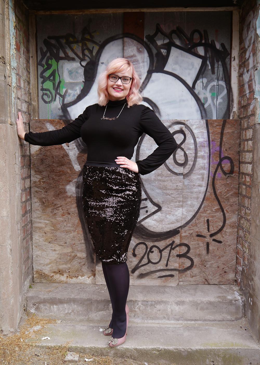 lady muck, laser cut jewellery, grafitti, Dundee photoshoot, peach hair DIY, blakc sequin skirt, Kurt Geiger shoes, hourglass shape, plus size blogger, Scottish fashion blogger,polo neck, Scottish winter look,