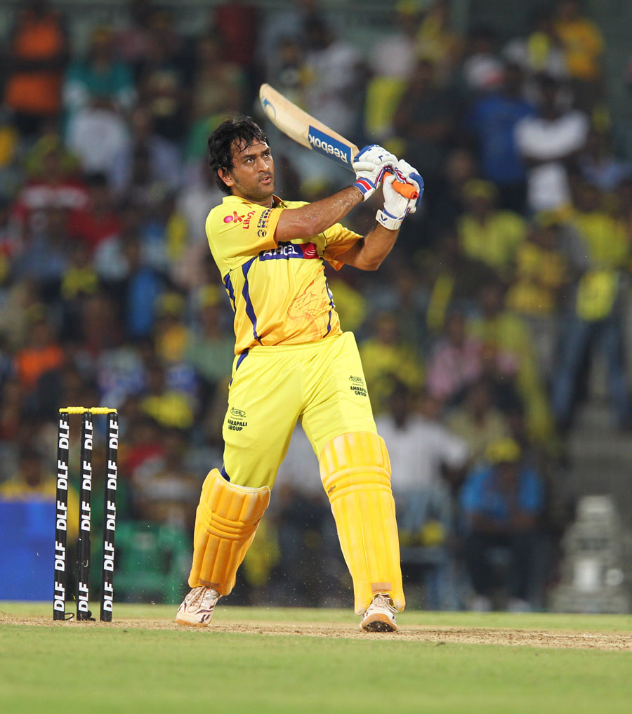 Cricket Rookie Wants To Keep It Simple: Sport Newzz Blog: MS Dhoni Wants India To Keep Improving