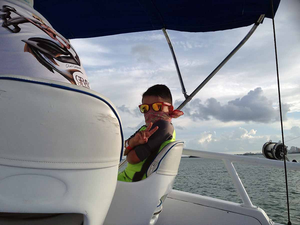 Deep sea fishing with aquaworld cancun for Deep sea fishing cancun