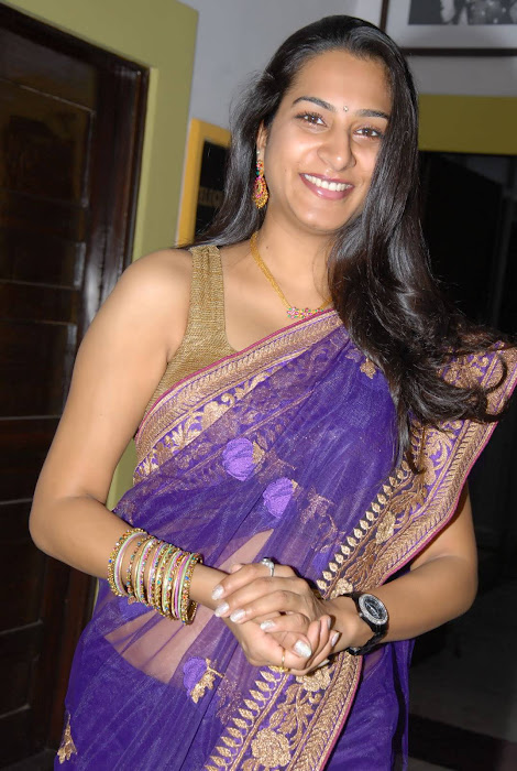 surekha vani spicy half saree hot photoshoot