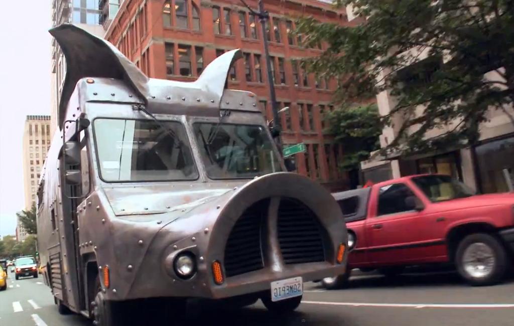 camión de comida con cara de cerdo