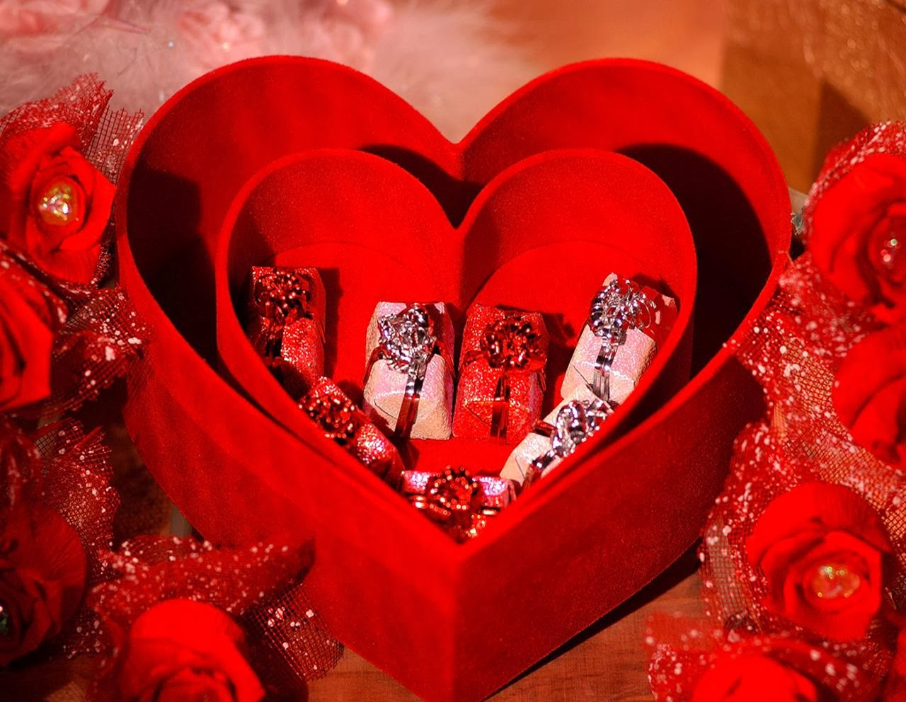 Valentines Day Gift Wallpapers Free Download