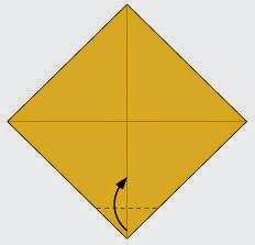 Bước 2: Gấp góc dưới tờ giấy lên trên.