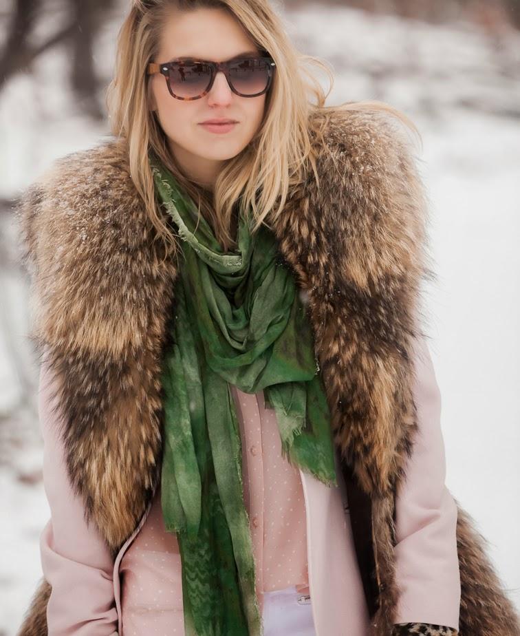 Solo Eyewear Adrienne Landau fur Bindya scarf