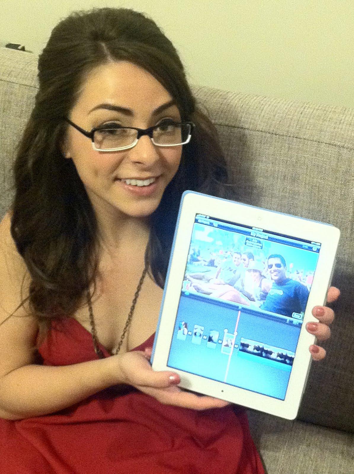http://1.bp.blogspot.com/-vZ5sICmybuU/TXguG_H3irI/AAAAAAAABEk/1luQK5WHWoo/s1600/Linendoll-iPad.jpg