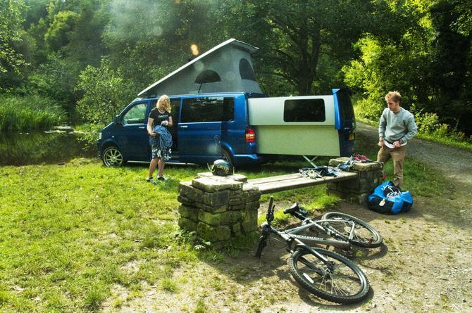 the gentleman camper vw double back der xxl camper. Black Bedroom Furniture Sets. Home Design Ideas