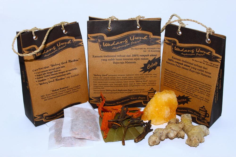 Minuman ramuan tradisional terbuat dari 100% rempah alami yang sudah ...