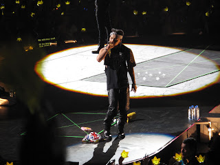 big bang k pop galaxy tour at prudential center taeyang Dong Young-bae singing