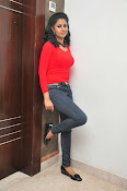 Anjana Menon stylish photos gallery-thumbnail-12