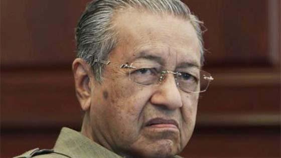 Najib kawal Peguam Negara - Mahathir