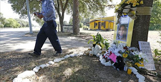 http://townhall.com/columnists/derekhunter/2015/07/26/a-tale-of-two-deaths-how-democrats-treat-victims-differently-based-on-race-n2030297/page/full