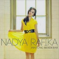 Download Lagu Nadya Rafika Feat. Eka Gustiwana - Jantung Berdebar MP3