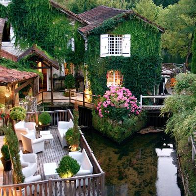 Hotel de súper lujo 'Le Moulin du Roc' en Francia