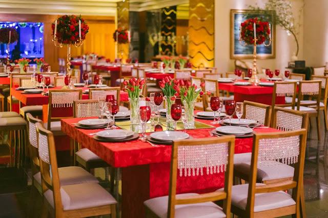 decoração recepção casamento lírio orquídea tulipa vermelho dourado branco