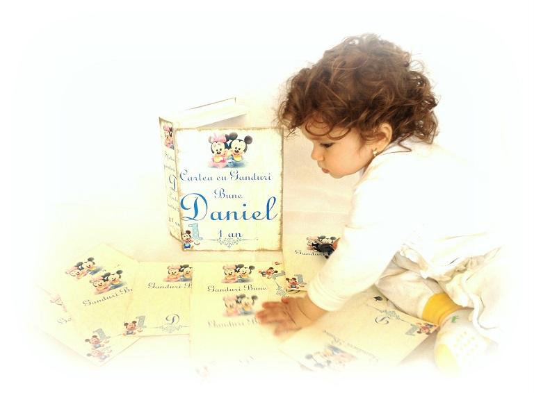 http://le-cose-animate.blogspot.ro/2014/06/baby-book-carte-cu-ganduri-bune.html